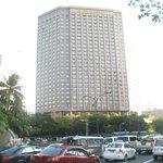 Shangri La Hotel exterior