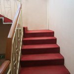 Escaleras al primer piso