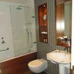 Junior Suite Bathroom 605