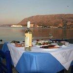 ENJOY TRADITIONAL SEA FOOD
