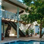 Luxury comadations with a tree shaded balcony sitting