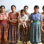 Thirteen Threads Fair Trade Store and Maya Women's Center Foto