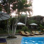 Zona de la piscina y relax