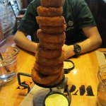 Tower of rings with 2 dipping sauces