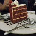 red velvet cake (don't waste your $$)