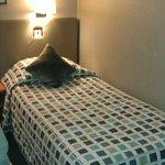 Bed in de kamer