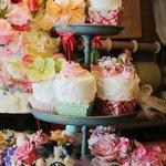 little ice cream cup cakes