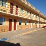 Travelerslodge Motel
