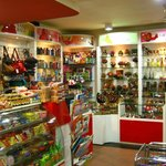 CHOCLATES & GIFT ZONE