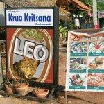 Krua Kritsana - Restaurant - 3 Minuten zu Fuß entfernt