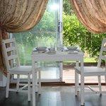 Suite 1 Dining Area
