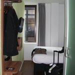 Zimmeransicht von der Tür aus