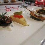 Les amuses bouches: Morcilla, provolone, panchuker, empanada de boeuf
