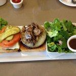 Harold's Specialty Burger