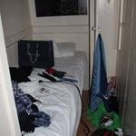 Zimmer. ENTSCHULDIGT das Chaos, aber bei der Größe lässt sich das nicht vermei