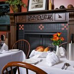 Meadows Restaurant: Open Breakfast, Lunch and Dinner
