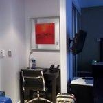 Espace bureau directement dans l'entrée