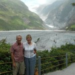 Franz Josef Glacier before the walk over the stones.