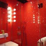 Room 162 Amazing Shower :)