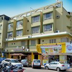 Maharaja Hotels & OYO Rooms