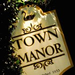 Welcome to Town Manor
