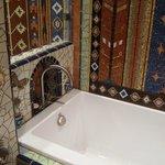 Amber - Bathroom details