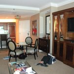 One-Bedroom Lounge