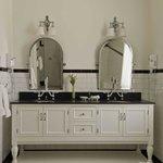 Luxury Suite - Master Bathroom w/double vanity and heated tile floor