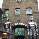 cyberdog Londra