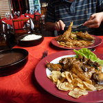 Lapin sauce champignon et accompagnement traditionnel