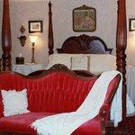 Parisian Dreams Bedchamber Suite