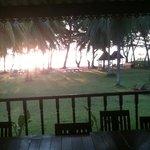 Morgonsol, utsikt ifrån den öppna restaurangen.