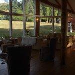 Sala de lectura/descanso - Muy cómoda y una excelente vista de la montaña