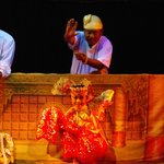 Mandalay Marionettes: with one puppeteer