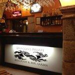 Foto de Dragon's Palate Restaurant