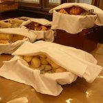 朝食バイキング・パン