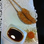 langostinos rebozados en kikos con salsa de soja