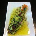 aguacate con anchoas y vinagreta de alga nori