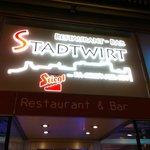Stadtwirt@night