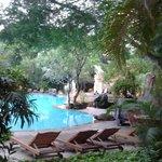 Blick zum grossen Pool