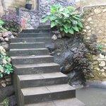Treppe hinter Haupthaus