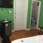 Leaf room