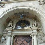 Repräsentativer Eingang zum Duisburger Rathaus