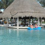 Swim up bar in pool :)