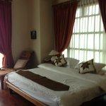 Master Bedroom (King Size)