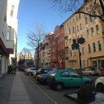 улочка рядом с отелем