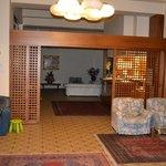 La reception dell'hotel