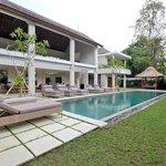 pool-four bedroom villa