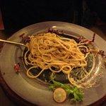 spaghetti rucola, noci e funghi porcini