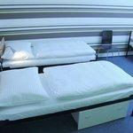 4beds dorm room